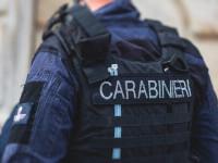 Un român a fost arestat în Italia. Polițiștii au găsit 11 kilograme de marijuana în apartamentul său