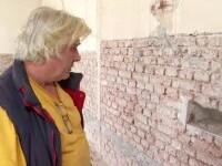Capsulă a timpului, veche de peste 100 de ani, descoperită în peretele unei foste școli din Arad