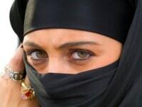 Femeile din Afganistan vor avea voie să studieze la universităţi doar în clase separate şi vor fi obligate să poate hijab