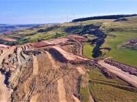 Alunecare masivă de teren pe Autostrada Transilvania. Ar putea chiar să fie schimbat traseul. VIDEO