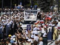 100.000 de oameni s-au strâns în Budapesta pentru a urmări slujba oficiată de Papa Francisc