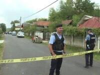 Localnicii unei comune din Gorj, teorizați de un fost pușcăriaș. Bărbatul a atacat polițiștii cu o secure
