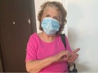 """Jurnaliștii Daily Mail, de vorbă cu bunica Emmei Răducanu, """"într-o zonă cunoscută drept Sectorul 2 din București"""""""