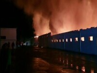 Incendiu violent la o fabrică de pâine din Constanța. 1400 de metri pătrați au fost cuprinși de flăcări