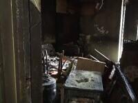 Un bărbat de 54 de ani a ars de viu în propriul apartament. Vecinii spun că moartea mamei sale l-a marcat profund