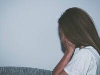 Zeci de bărbați din India sunt acuzați că au violat o fată de 15 ani timp de opt luni