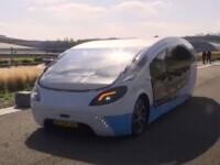A apărut prima rulotă alimentată în totalitate cu energie solară. Poate atinge peste 100 km/h