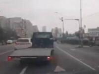"""Șofer oprit de oameni în trafic, la Cluj. """"Ia-i cheia. E beat mort"""". Ce a urmat"""