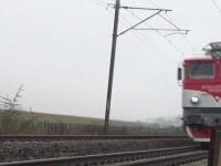 Tragedie în Alba. Un tânăr de 29 a murit după ce a fost lovit de tren