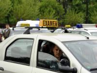 Un ieșean l-a luat la bătaie pe polițistul care tocmai l-a picat la examenul pentru permisul auto