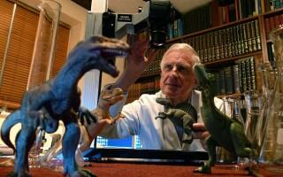 Brain Ford cu dinozauri