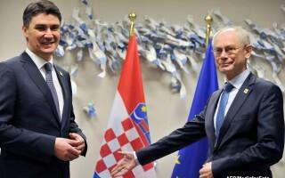 Premierul Croatiei Zoran Milanovic si Herman Van Rompuy