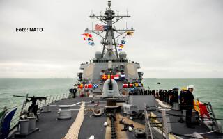 distrugatorul USS Donald Cook