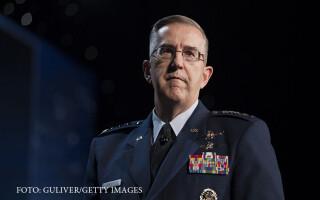 generalul John Hyten