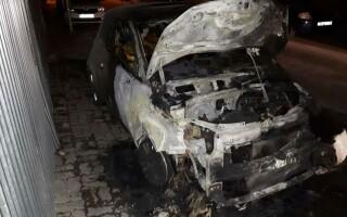 mașini incendiate - 7