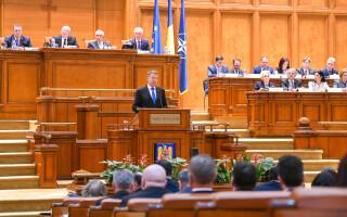 Klaus Iohannis in Parlament - 3