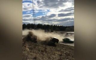 O mașină a intrat în mulțime în Suedia, la o competiție de raliuri