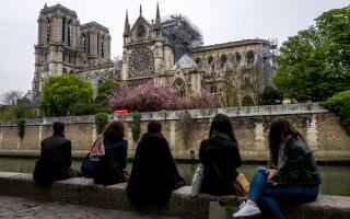 Notre Dame, la o zi de la incendiul devastator - 1