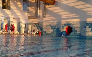 Show de 100000 de euro la deschiderea unui parc acvatic din Cornișa, Botoșani