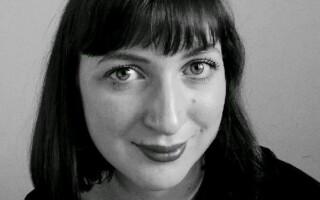 Faye Mooney, lucratoare umanitara