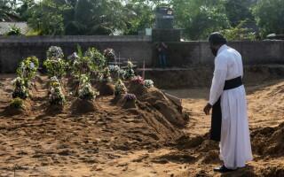 Victimele atacurilor din Sri Lanka, înmormântate