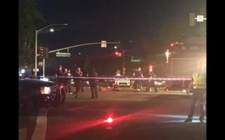 O mașină a intrat în mulțime în California