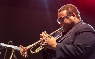 Trompetistul Wallace Roney a decedat din cauza complicațiilor provocate de Covid-19