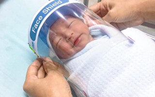 Bebelusi cu viziere