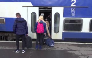 """Lider sindicat: """"Trenurile de navetiști sunt supra-aglomerate și cu 100%"""". Pandemia Covid-19 merge """"cu nașul"""" la CFR Călători"""