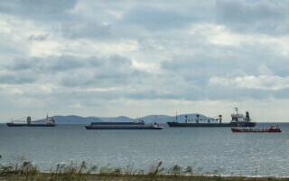 Accident cumplit pe o navă aflată în Malaezia. Doi marinari români au fost răniţi