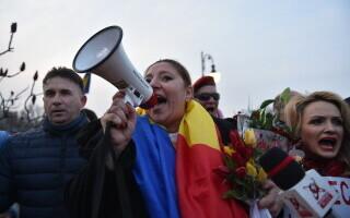 """Diana Șoșoacă alege """"deliberat"""" să încalce legea, consideră Lucian Bode"""