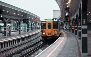 O gară din Londra, închisă și evacuate după ce un obiect suspect a fost găsit într-un tren