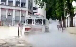 VIDEO. 22 de pacienți dintr-un spital indian au murit, după ce au rămas fără oxigen în ventilatoare