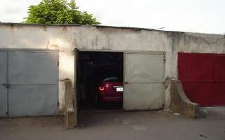 Două garaje au fost mistuite de flăcări la Sibiu