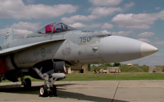 avion F-16