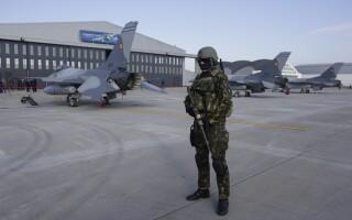 Ceremonia prilejuita de sosirea în ţară a primelor 6 avioane F-16 Fighting Falcon, din setul de 12 achizitionat de Ministerul Apararii Nationale