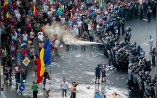 gaze lacrimogene, jandarmerie, piata victoriei, proteste