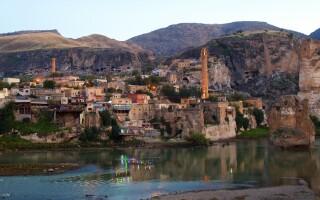 Turcia, oras istoric inundat, oras distrus, Hasankeyf