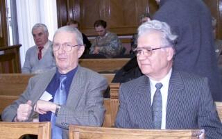 Victor Athanasie Stanculescu si Mihai Chitac