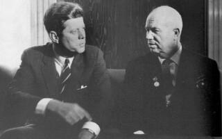 Telefonul rosu SUA – URSS si pauza care a salvat lumea de la un razboi nuclear: