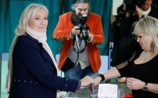 Marine le Pen voteaza la alegerile regionale