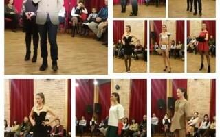 Fashion show la Scoala de Arte din Cluj. Cursantii si-au prezentat cele mai interesante articole de sezon
