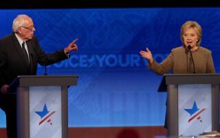 Hillary Clinton, Bernie Sanders - dezbaterea democratilor