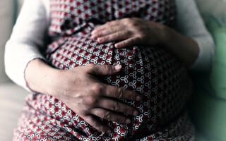 Gravida, femeie insarcinata