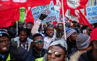 Protest la Roma