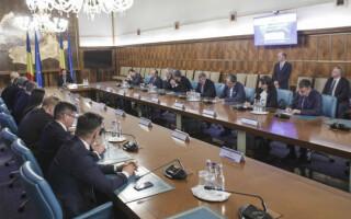 Ședință de Guvern. O nouă rectificare bugetară și două zile libere de sărbători, pritnre decizii