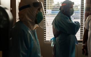 Mărturiile unui medic american care a lucrat timp de 256 de zile non-stop în secția Covid-19 - 1