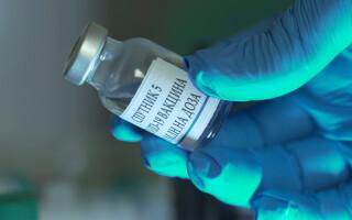 Vaccinurile AstraZeneca și Sputnik, evaluate în teste comune pentru determinarea eficienței împotriva coronavirusului