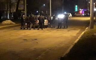 Un şofer de 65 de ani din Moldova a călcat un pieton, apoi l-a împuşcat