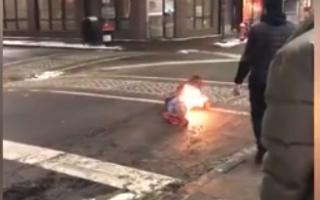 barbat in foc